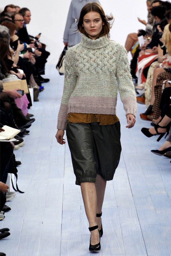 Paris Fashion Week: Chloe Fall/Winter 2012-2013 Knitwear