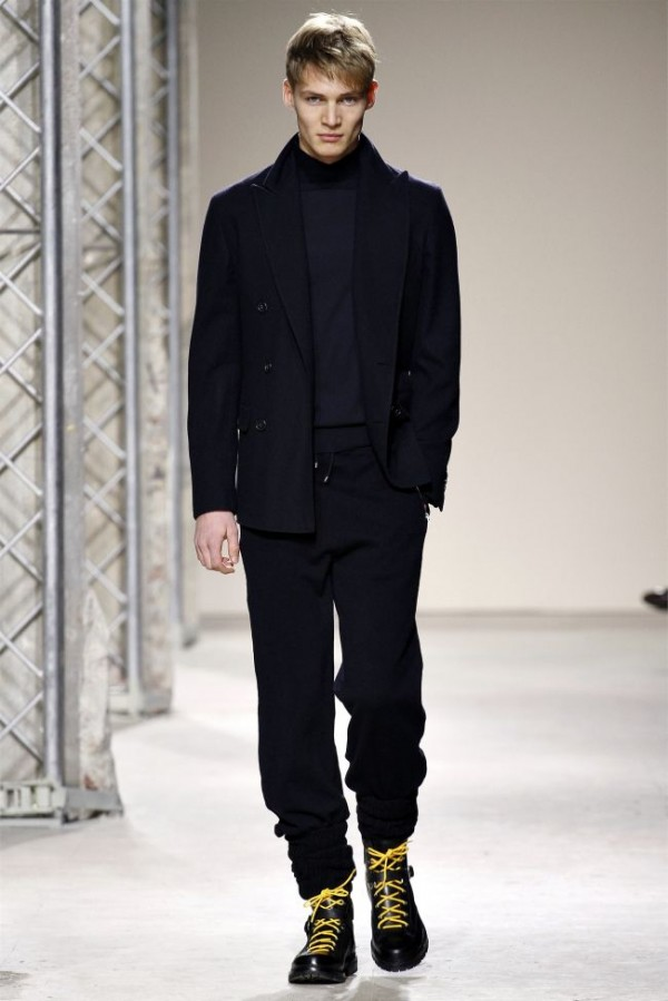 Hermès-Fall-Winter-2013-2014-Menswear-Collection-4-600x899