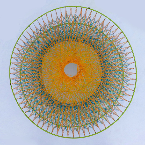 spirograph-yarn-art-magda-sayeg-600x600