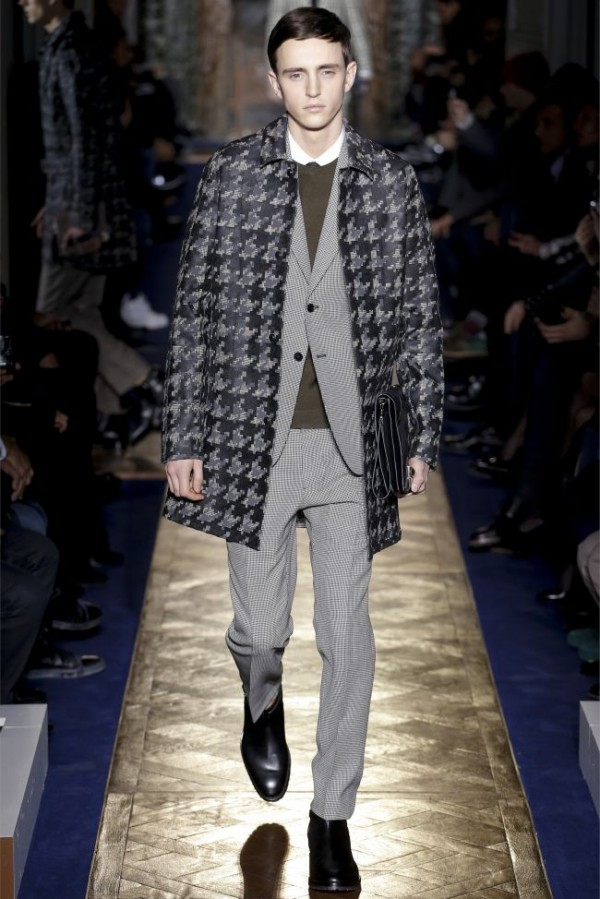 Valentino-Fall-Winter-2013-2014-Menswear-10-600x899