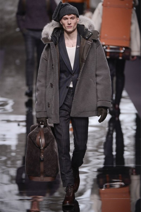 Louis-Vuitton-Fall-Winter-2013-2014-Mens-Ready-To-Wear-18-600x899