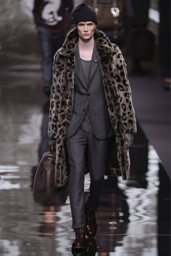 Louis-Vuitton-Fall-Winter-2013-2014-Mens-Ready-To-Wear-21-600x899