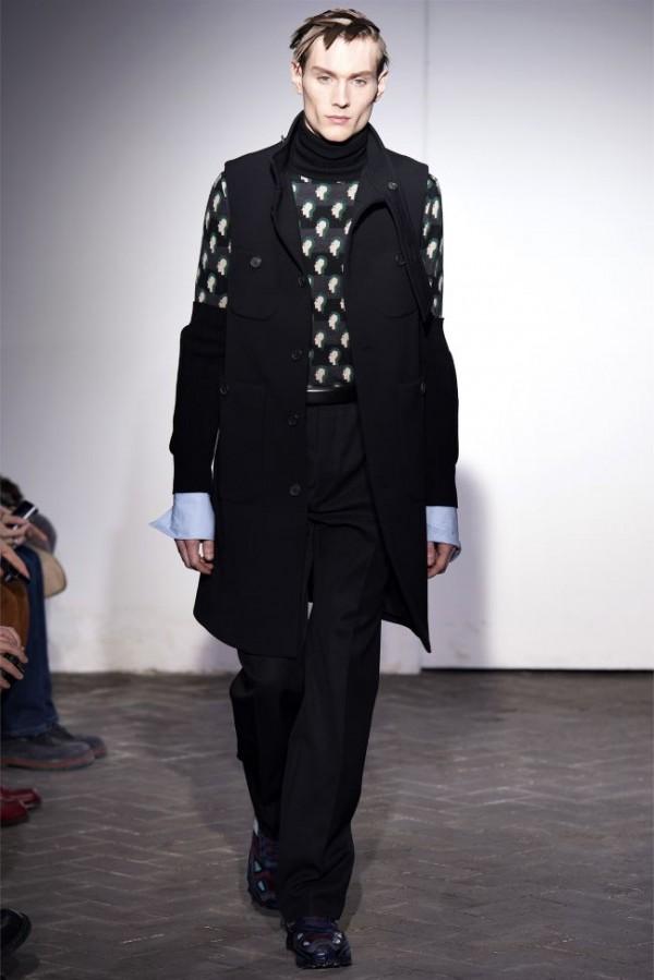 Raf-Simons-Fall-Winter-2013-2014-Menswear-17-600x899