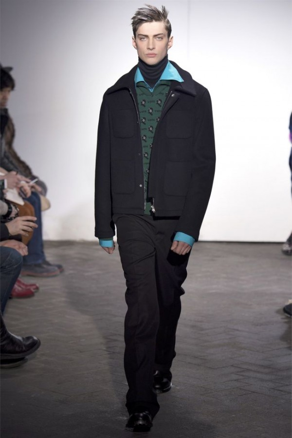 Raf-Simons-Fall-Winter-2013-2014-Menswear-24-600x899