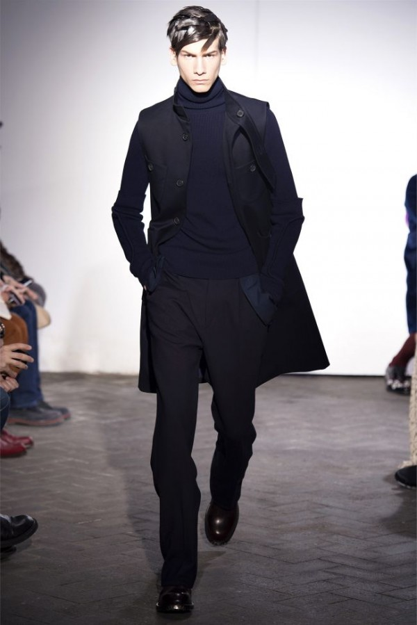 Raf-Simons-Fall-Winter-2013-2014-Menswear-25-600x899