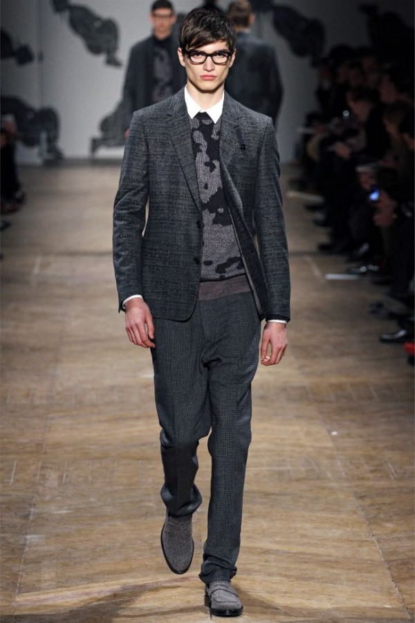 Viktor-Rolf-Fall-Winter-2013-2014-Mens-Colelction-11-600x899 - Copy - Copy