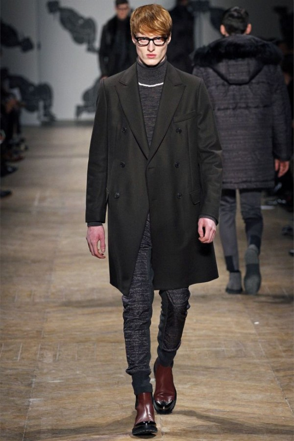 Viktor-Rolf-Fall-Winter-2013-2014-Mens-Colelction-15-600x899 - Copy
