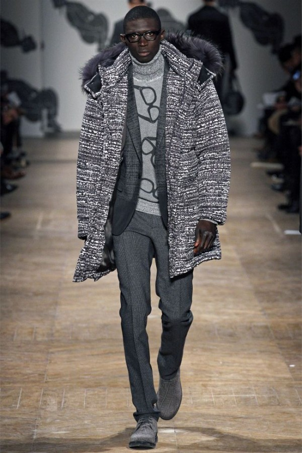 Viktor-Rolf-Fall-Winter-2013-2014-Mens-Colelction-21-600x899 - Copy