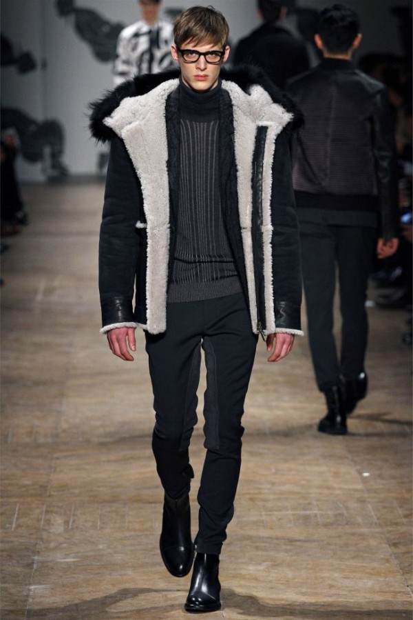 Viktor-Rolf-Fall-Winter-2013-2014-Mens-Colelction-6-600x899 - Copy - Copy