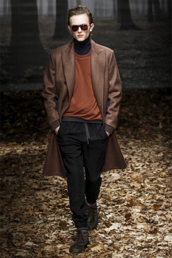 Trussardi-Fall-Winter-2013-2014-Menswear-1-600x899