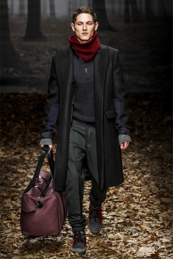Trussardi-Fall-Winter-2013-2014-Menswear-16-600x899