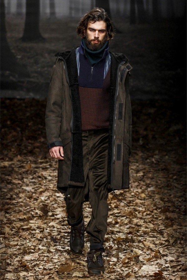 Trussardi-Fall-Winter-2013-2014-Menswear-22-600x899