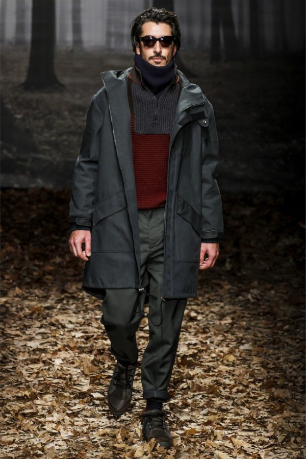 Trussardi-Fall-Winter-2013-2014-Menswear-26-600x899
